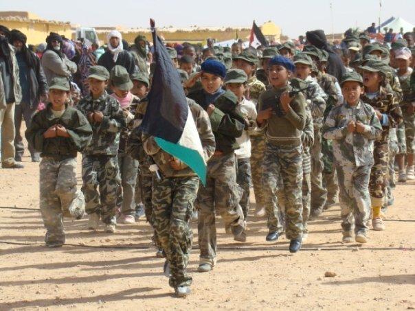 Hostilités au Sahara marocain  - Page 9 Polisario-enfants-cuba